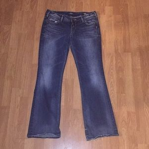 Women's Silver Jeans Suki Mid Boot 33x33